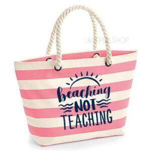 bedankt-juf-tas-strand-vakantie-beach-afscheid-schooljaar-einde-basisschool-leerkracht-juffen-lerares-leerkracht-roze-navy