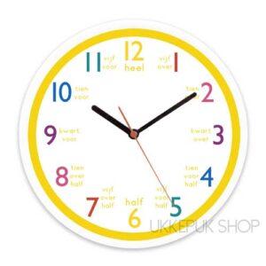 oefenen-leren-klok-kijken-klokkijken-groep-4-school-geel