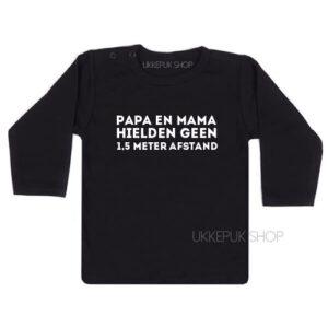 shirt-anderhalve-meter-1-afstand-corona-baby-coronababy-zwanger-newborn-kraamcadeau-zwart