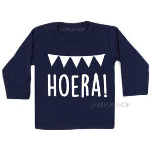 shirt-eerste-verjaardag-jaar-jarig-hoera-since-met-naam-datum-blauw