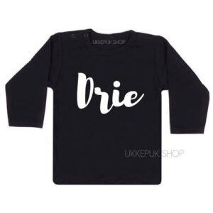 shirt-verjaardag-jarig-een-one-two-twee-drie-jaar-verjaardagsshirt-zwart