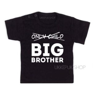 shirt-zwart-only-child-big-brother-voorkant
