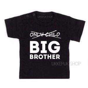 shirt-zwart-only-child-big-brother-voorkant